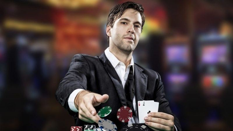 10 Tips Menjadi Pemain Poker Profesional